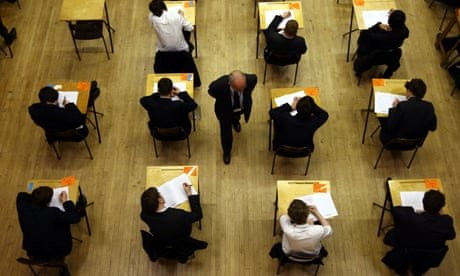 Headteachers in England call for refund of £220m summer exam fees