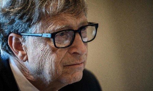 Bill Gates joins Blackstone in bid to buy British private jet services firm