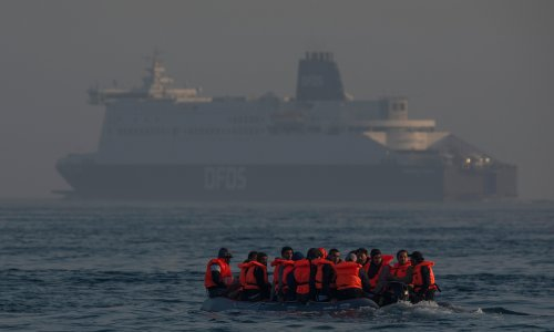 More than 550 migrants intercepted crossing Channel
