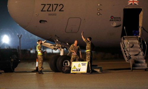 RAF plane to fly up to 40 Afghans to UK as evacuations resume