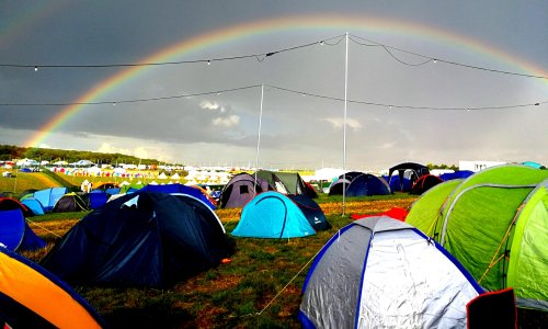 Covid-cautious festival cancellations dampen 'great British summer' hopes