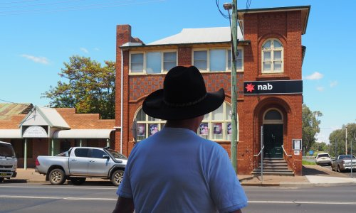 'Lifeblood of those towns': taskforce to look into wave of bank closures in regional Australia