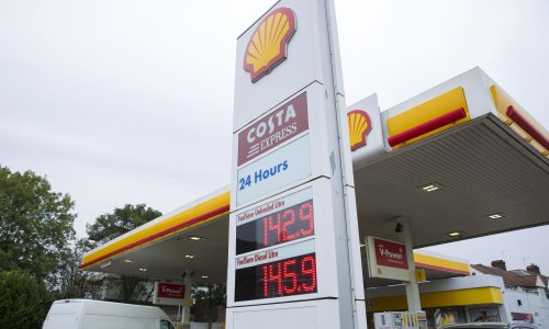 UK drivers told to shop around as petrol prices head to new highs