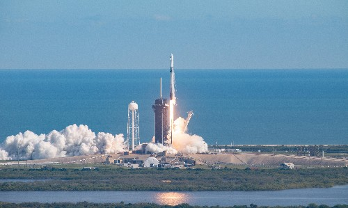 Spacewatch: SpaceX Dragon resupply craft delivers cargo to ISS