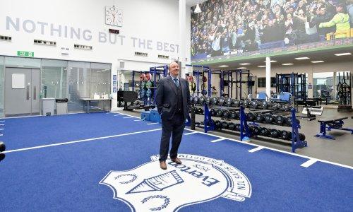Rafael Benítez vows to 'walk the walk' at Everton but silences speak volumes