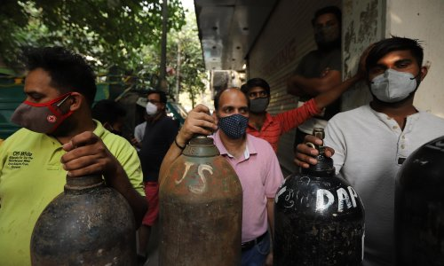 'People phone up pleading': the volunteers battling India's oxygen crisis