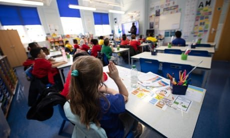 Primary schools in England record steep fall in demand