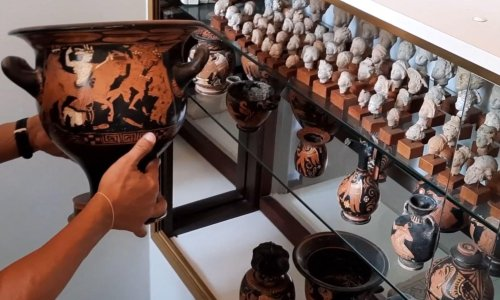Italy recovers nearly 800 illegally gathered archaeological finds