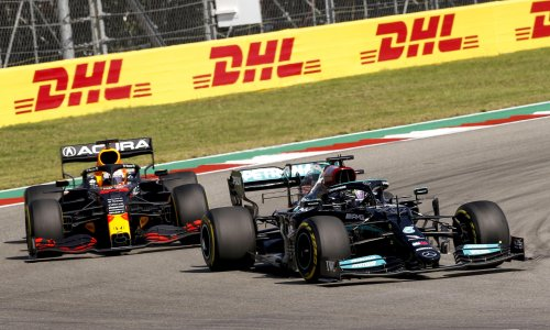 Mercedes call for calm as Lewis Hamilton's title hopes veer off course