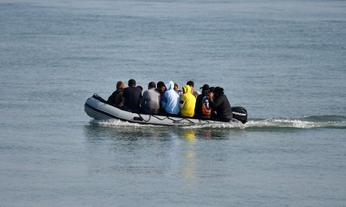 Kingpins in Channel smuggling operations living freely in the UK, say migrants