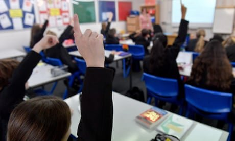 Covid 'high alert' warning as more than 100,000 pupils in England miss school