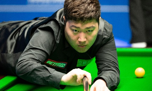 Yan Bingtao wins Masters snooker title on debut as comeback stuns Higgins