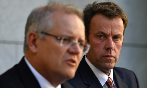 Australia to oppose China's bid to join trade pact until it halts strikes against exports