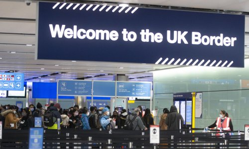Home quarantine in UK for travellers not working, experts warn