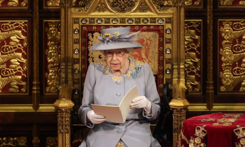 No carriages and a solo throne – the Covid-compliant Queen's speech