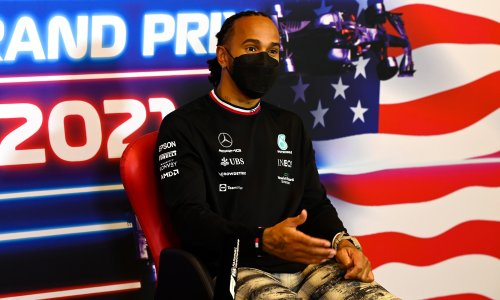Lewis Hamilton cool on relations with F1 rival Max Verstappen