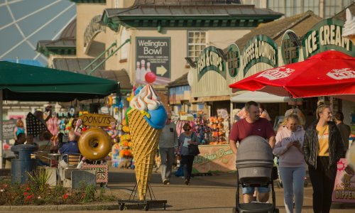 With tourism booming, Great Yarmouth dreams of turning the tide