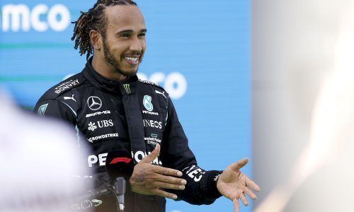 Mercedes expect Lewis Hamilton to sign new two-year deal for 2022 by August