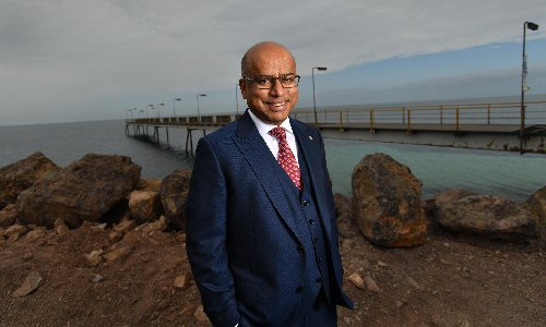 Sanjeev Gupta pays tribute to 'spiritual home' of Whyalla as his steel plant scrambles to refinance