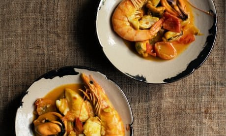 Nigel Slater's recipes for mussels, and mushrooms with sticky rice