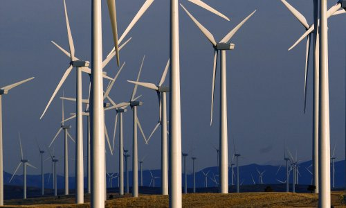 Why is a big oil company investing huge amounts of money in Wyoming wind?