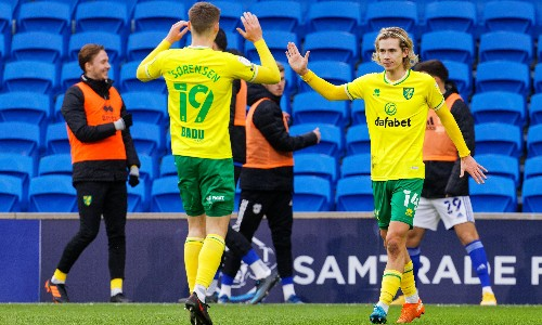 Todd Cantwell seals victory for leaders Norwich over 10-man Cardiff