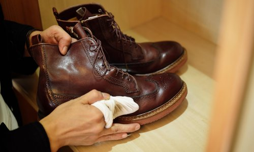 Swell for leather: how to properly take care of shoes and sneakers