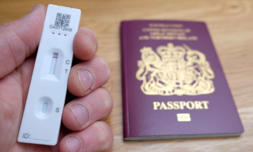 Government accused of promoting Covid travel tests at misleading prices