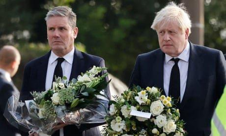 Boris Johnson and Keir Starmer lay wreaths for MP David Amess – video