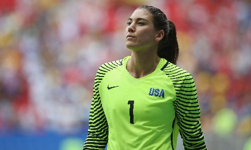Hope Solo says she was bullied in USWNT's privileged 'mean girls club'