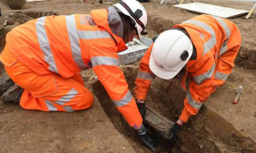 HS2 workers to exhume 3,000 bodies in Buckinghamshire churchyard