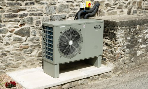 What are heat pumps and why is the UK government pushing them?