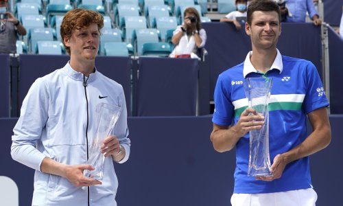 Hubert Hurkacz sees off Jannik Sinner to win Masters final in Miami