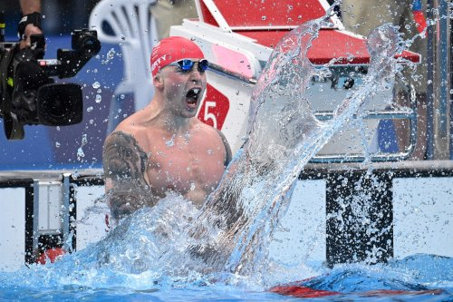 Adam Peaty wins GB's first Tokyo 2020 gold and makes Olympic history
