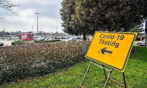 Covid: surge testing deployed in south London as South African variant cases rise