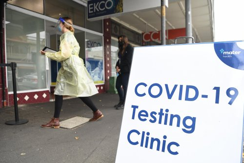 Queensland Covid update: more than 400 health staff in isolation as 16 new local cases recorded