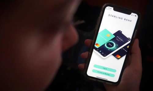 Starling Bank attracts switchers as Tesco plans to shut current accounts