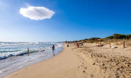 Spain to welcome overseas travellers with Covid certificates from June