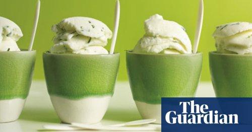 Lemongrass frozen yoghurt with basil recipe