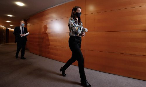 'Calculated risk': Ardern gambles as New Zealand Covid restrictions eased