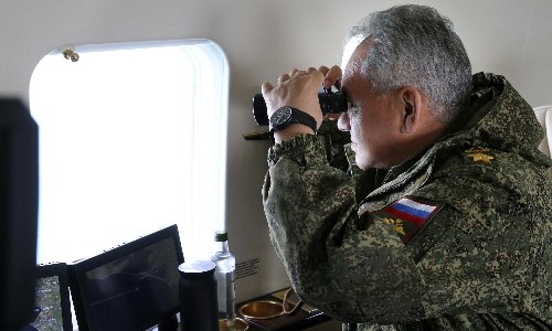 Russia to pull back troops from Crimea and Ukraine border