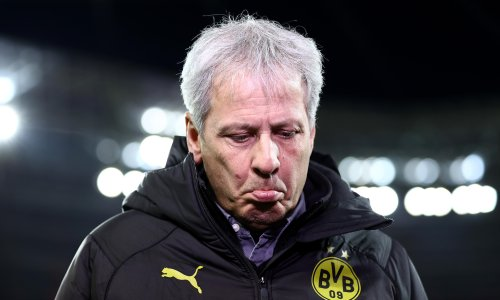 Lucien Favre rejects Crystal Palace manager's job in late U-turn