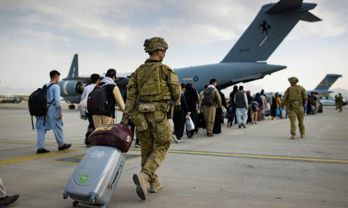More than 45,000 Australians stranded overseas registered for government help