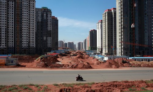 China's booming real estate market could spell trouble for the economy