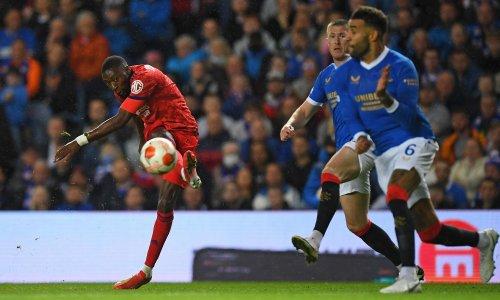 Lyon see off Rangers in Europa League to spoil landmark for Steven Gerrard
