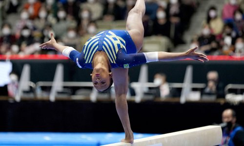 Gymnast Rebeca Andrade stands proud at end of her breakthrough year