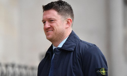 Tommy Robinson asked wealthy US backers to help him claim asylum