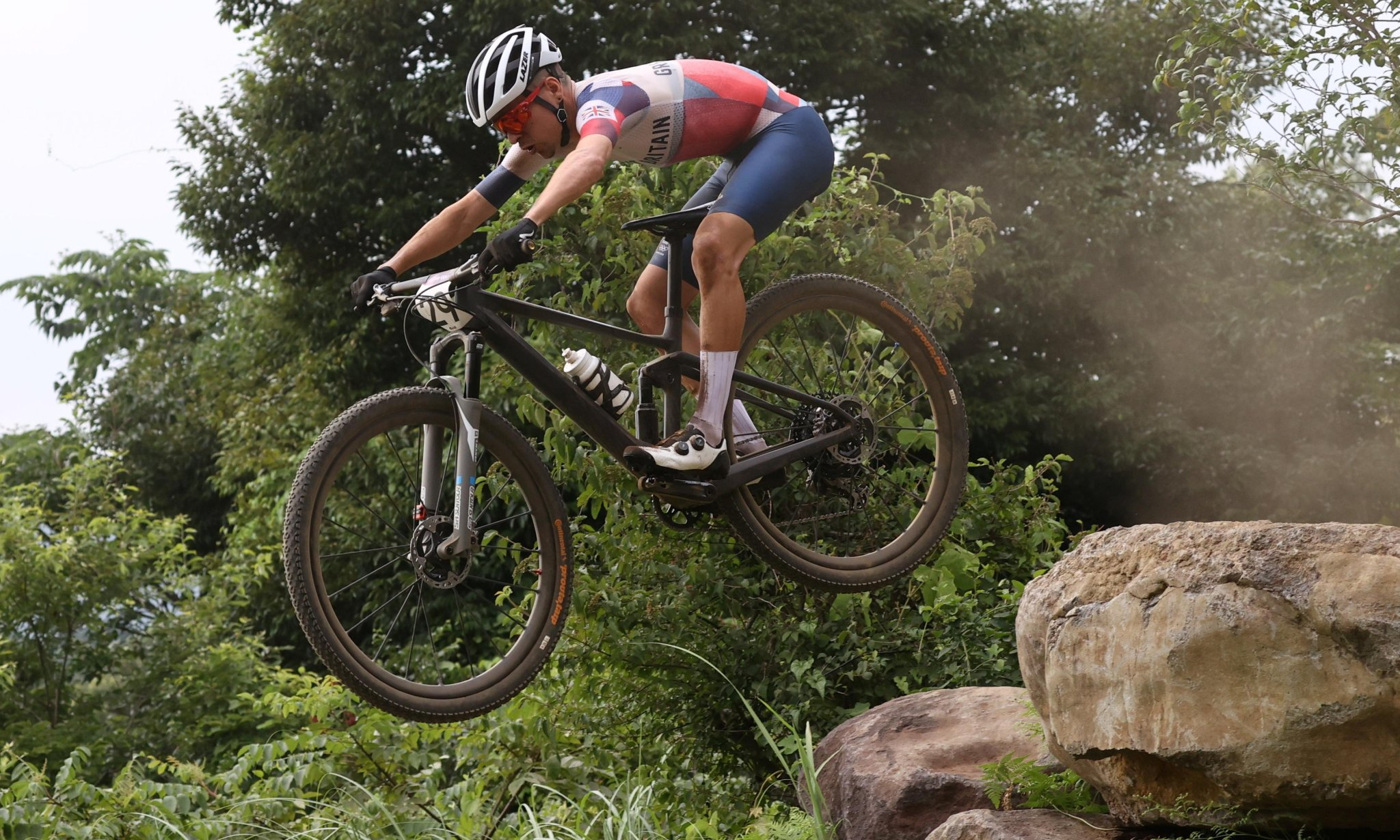 Pidcock wins cross-country bike gold despite recovering from collarbone break