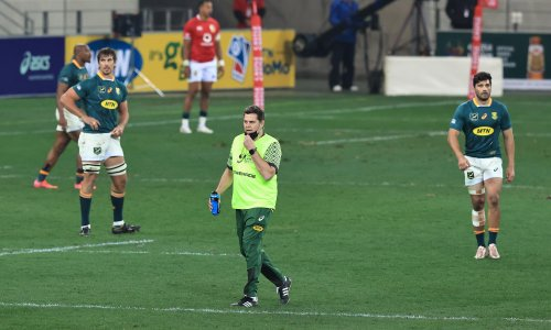 Rassie Erasmus faces disciplinary hearing but cleared for third Test