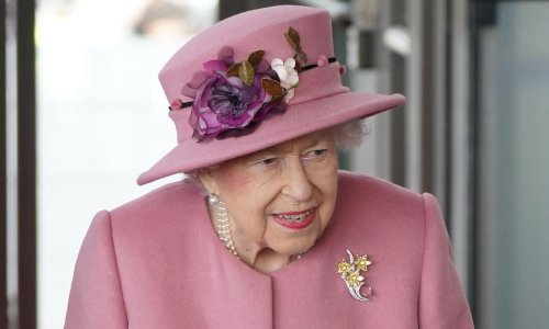 Late cancellation may be sign Queen's busy schedule is taking a toll